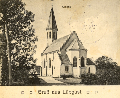 Lübgust Kirche