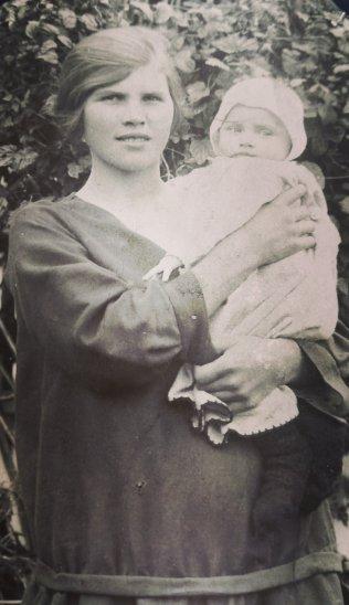 Meine Großmutter Gertrude Gartmann